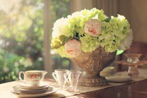 花器に活けた紫陽花