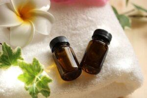 プルメリアの香り、精油